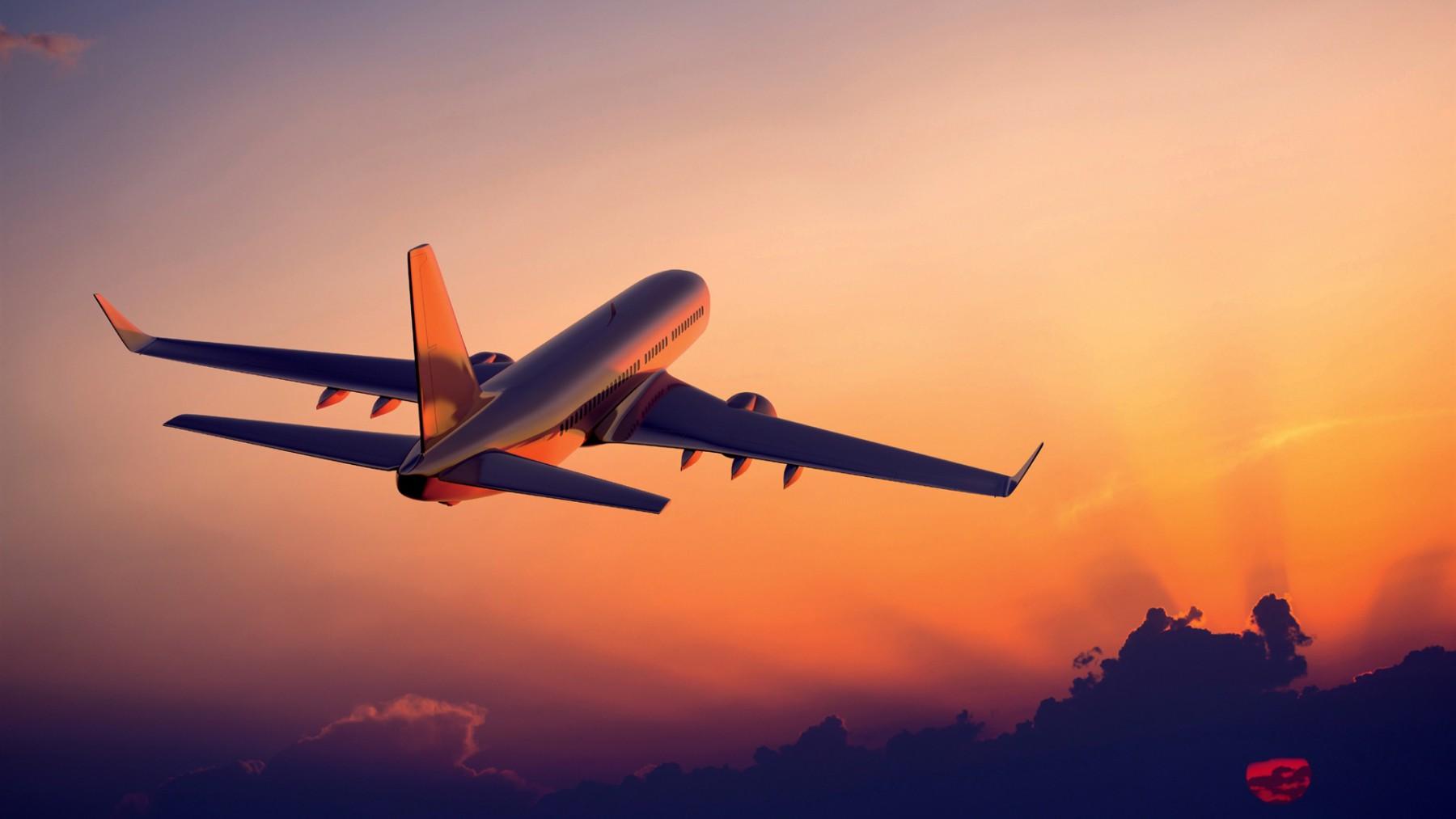 plane-sunset