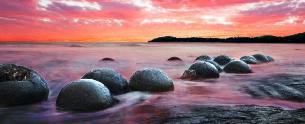 moeraki-beach-boulders